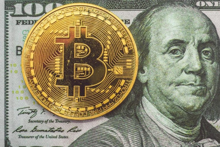 bitcoin leads crypocurrency