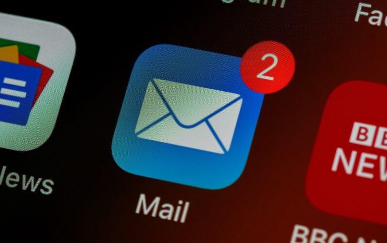 monetize email newsletter