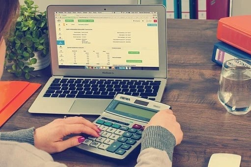 keep track of your finances