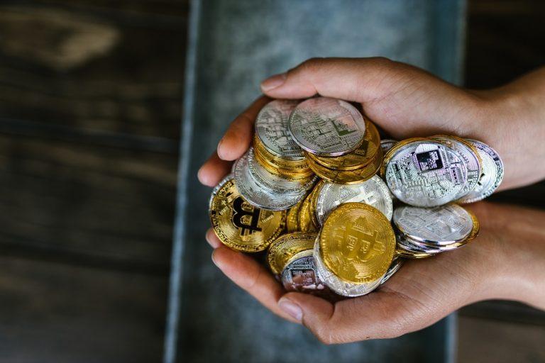 Decentralization of Bitcoin an Advantage